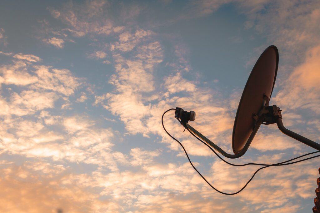 connessione a internet via satellite
